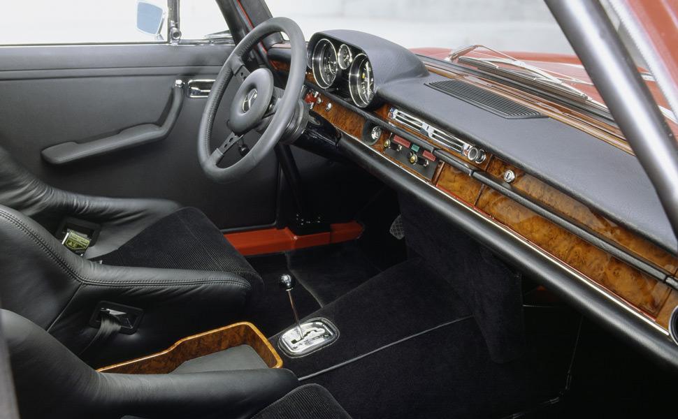 AMG Mercedes 300 SEL
