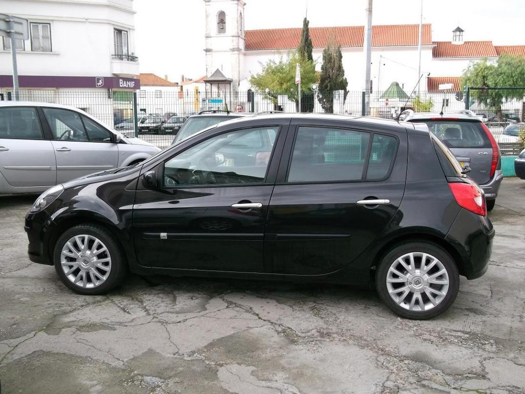 Renault Clio Dynamique S preto usado