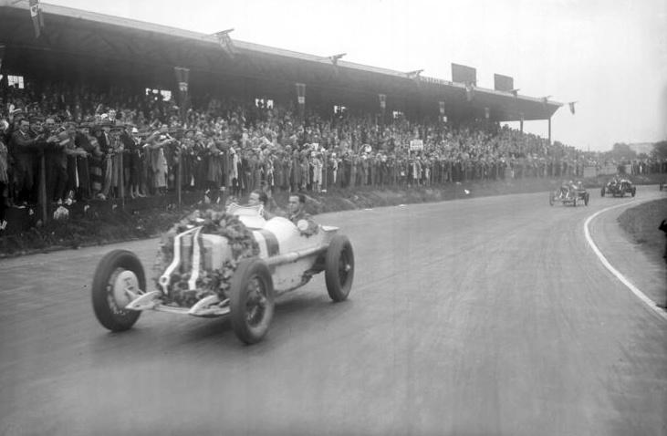 caracciola vence GP em 1926