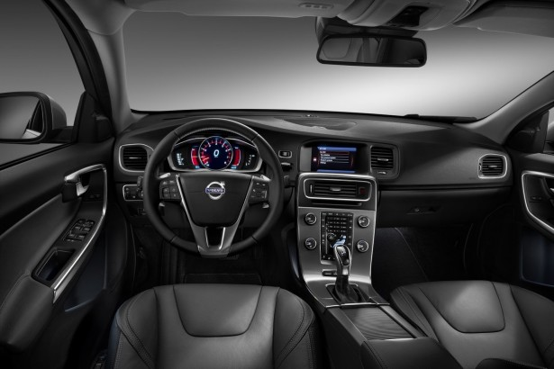 2014-Volvo-S60-V60-XC60-24[2]