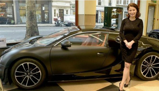 Anita Krizsan_Bugatti_london_02
