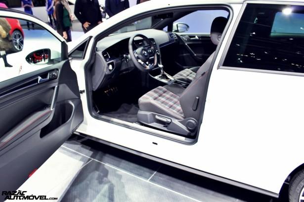 Volkswagen Golf GTI 12