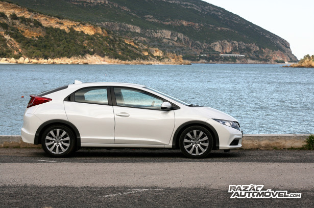 Honda Civic 2013 1.6 10