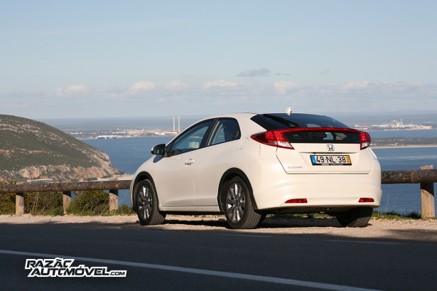 Honda Civic 1.6 2013 8