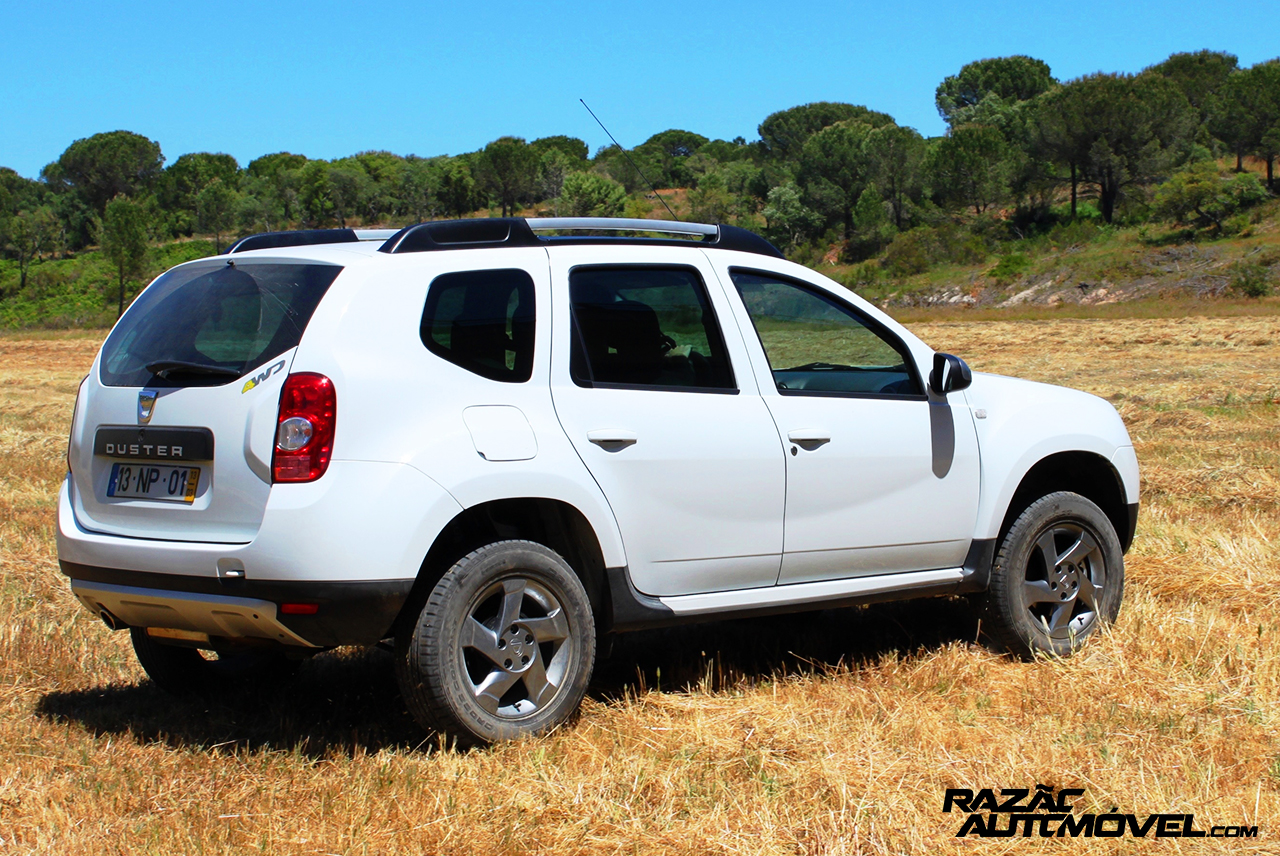 dacia duster 1 5 dci 4x4 um velho amigo de 4rodas. Black Bedroom Furniture Sets. Home Design Ideas