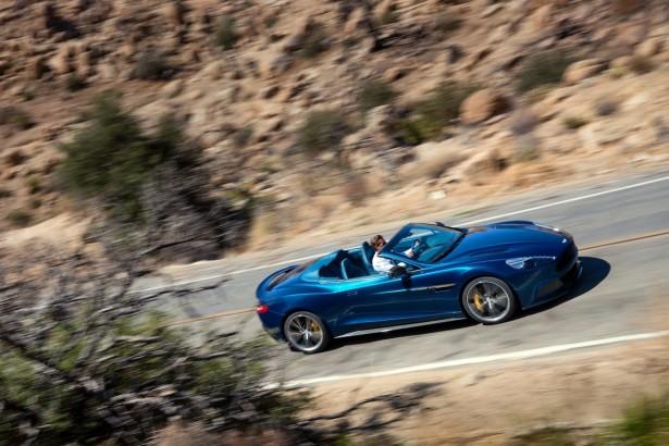 Novo-Aston-Martin-Vanquish-Volante-Cabriolet 3