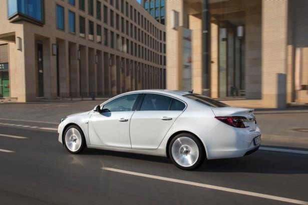 Novo Opel Insignia e Insignia Sport Tourer (10)