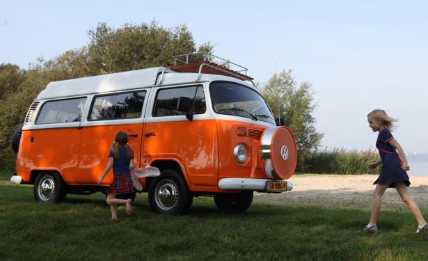 Volkswagen-T2-Camper-615x375