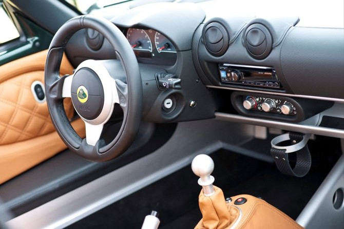 2013-Lotus-Exige-S-Roadster-Racing-Green-Interior-7-1024x768