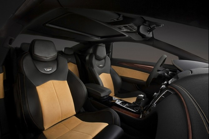 2014-Cadillac-CTS-V-Coupe-Interior-1