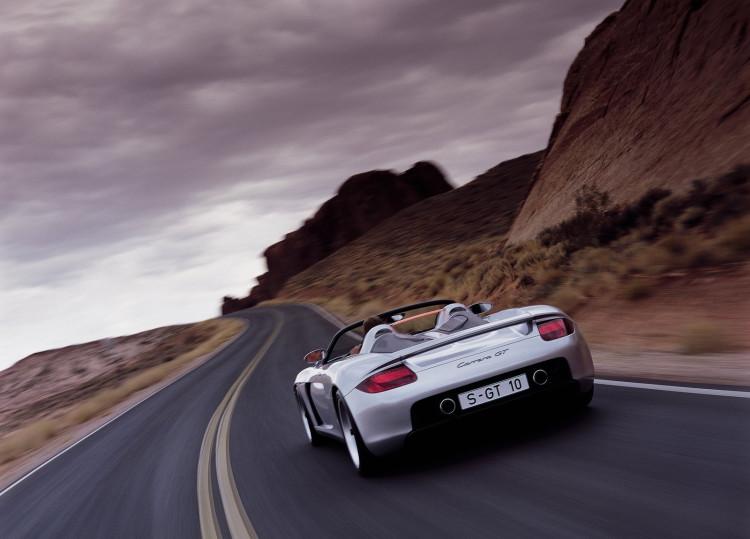 Porsche-Carrera_GT-03