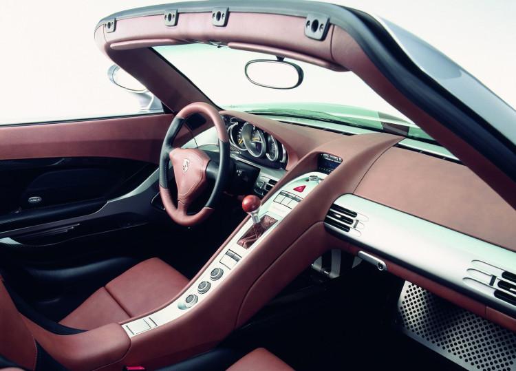 Porsche-Carrera_GT-04