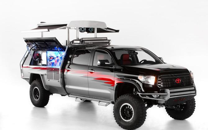 2013-Toyota-Dream-Build-Lets-Go-Moto-Tundra-Studio-4-1280x800
