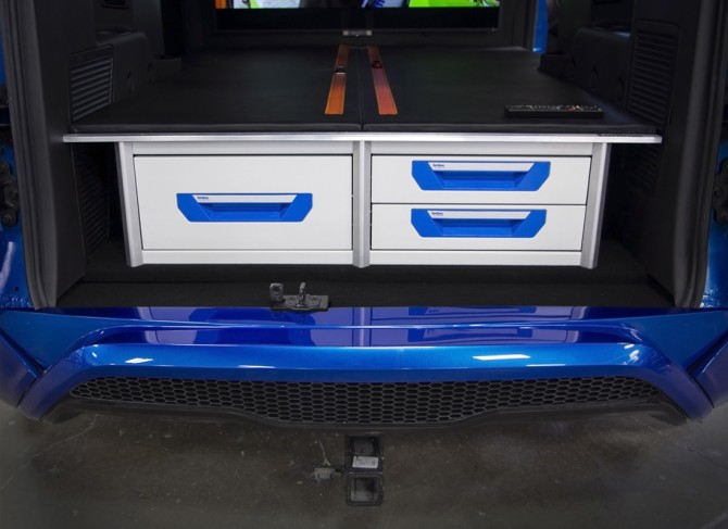 2014-Ford-Transit-Connect-Hot-Wheels-Concept-Interior-Tool-Drawers-1280x800