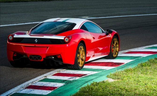 Ferrari 458 Italia Nikki Lauda Edition 5