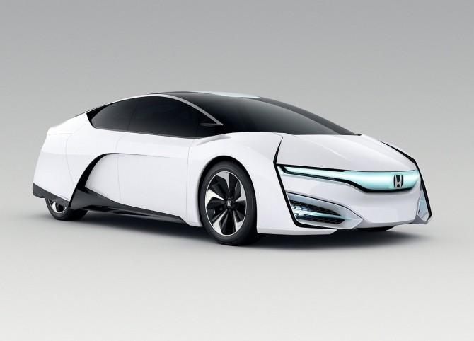 Honda-FCEV_Concept_2013_02