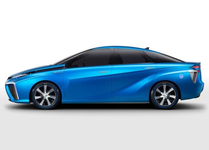 Toyota-FCV_Concept_2013_07