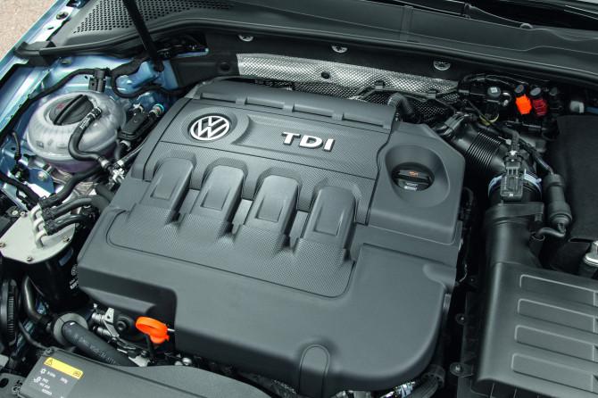 VW GOLF BLUE 2
