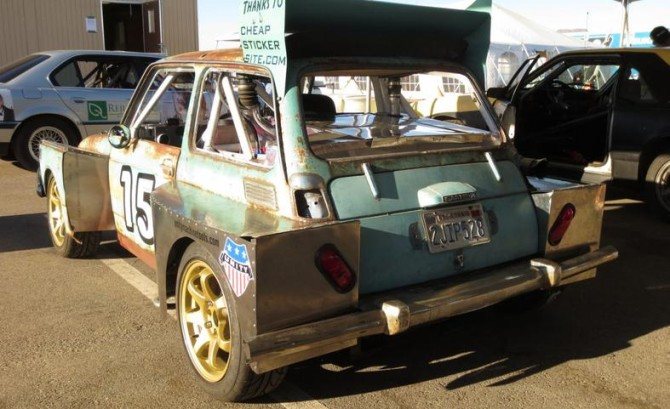 24-hours-of-lemons-logic-why-not-build-a-mid-engined-saab-powered-honda-600-photo-493368-s-787x481