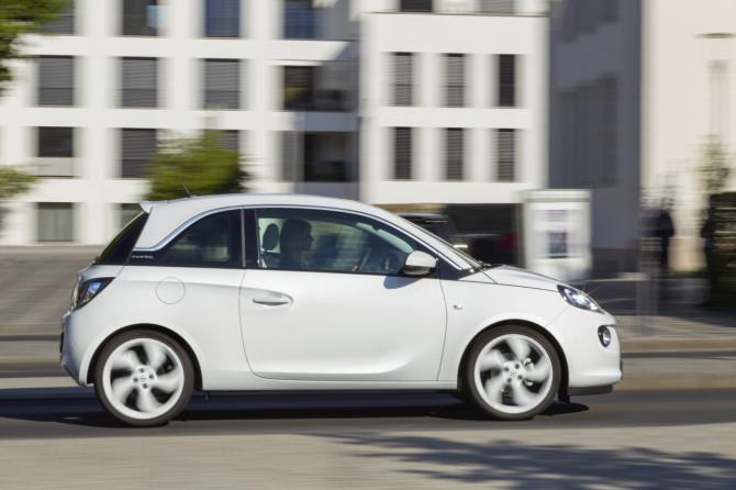 Opel-ADAM-1.0_SIDI_Turbo_1