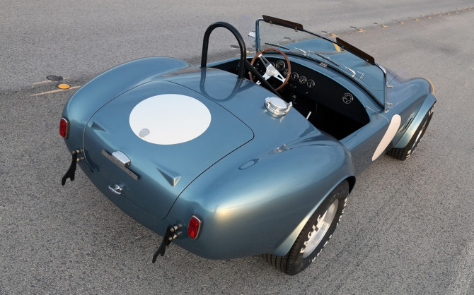 2014-Shelby-Cobra-289-FIA-50th-Anniversary-Static-10-1280x800
