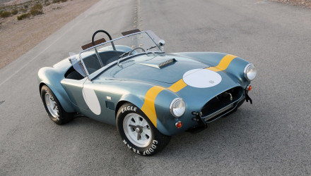 2014-Shelby-Cobra-289-FIA-50th-Anniversary-Static-9-1280x800
