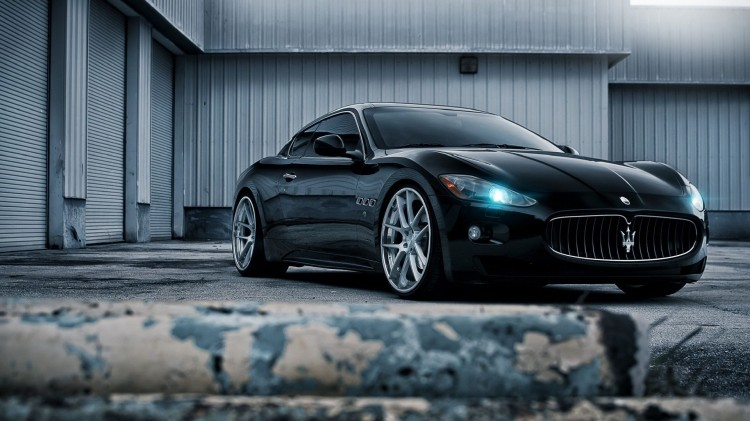black-maserati-wallpaper
