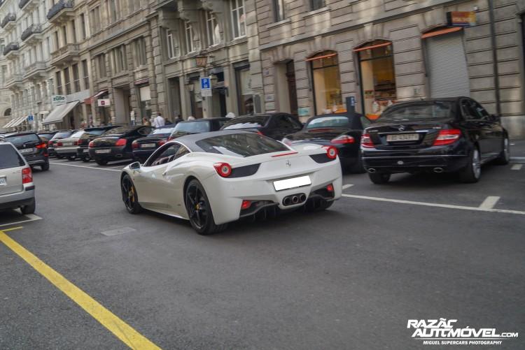 Ferrari 458 Italia Bicolor
