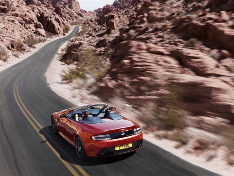 Aston Martin Vantage V12 S Roadster (14)