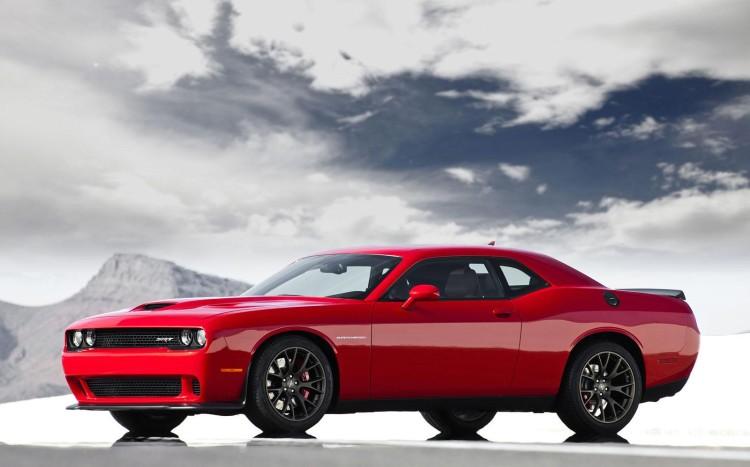 Dodge Challenger SRT Hellcat 7