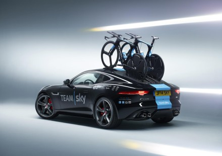 jaguar_f-type_r_coupe_tour_de_france_2014_12