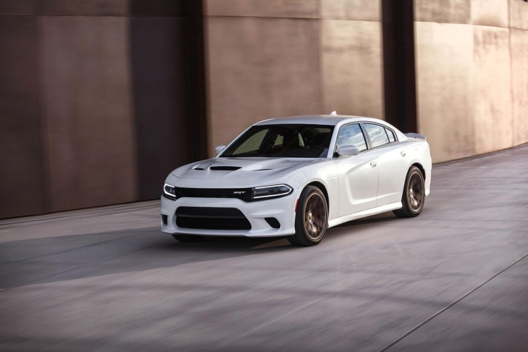 Dodge Charger SRT Hellcat 16