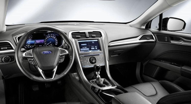 FORD MONDEO 2015 8