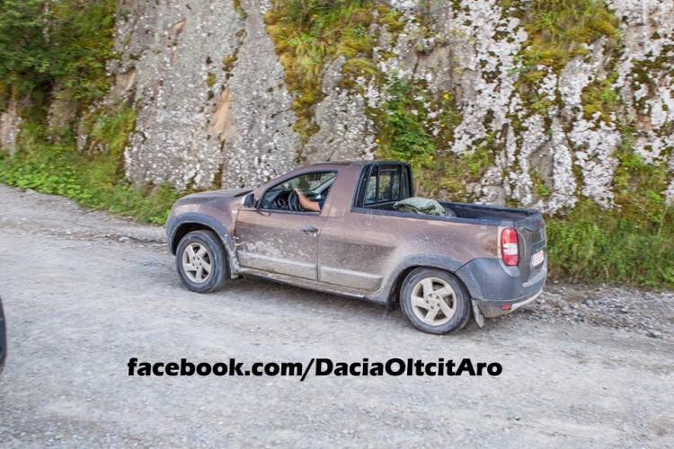 dacia-duster-2-door-puck-up-prototype-spied-in-romania_2