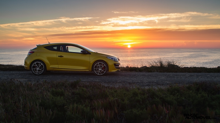 Sunset Renault MEGANE RS 01