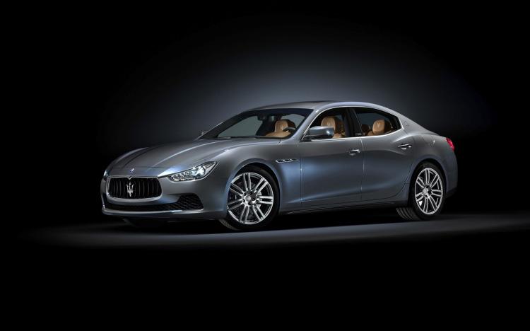 2014-Maserati-Ghibli-Ermenegildo-Zegna-Concept-Studio-1-1680x1050