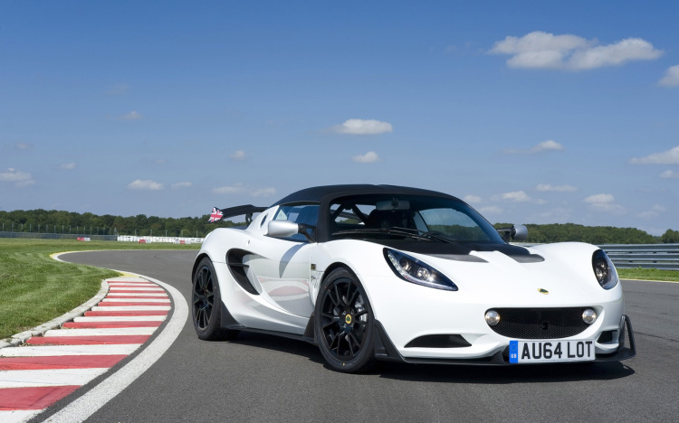 2015-Lotus-Elise-S-Cup-Static-3-1680x1050