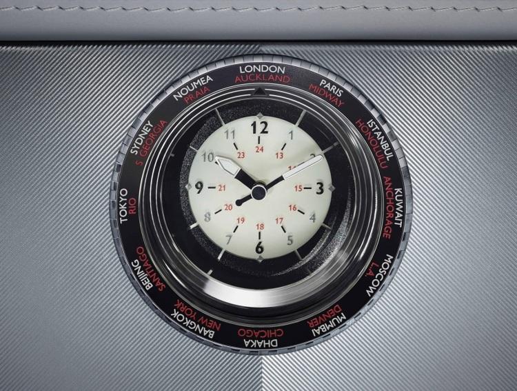 2015-Rolls-Royce-Phantom-Metropolitan-Collection-Interior-Clock-1680x1050
