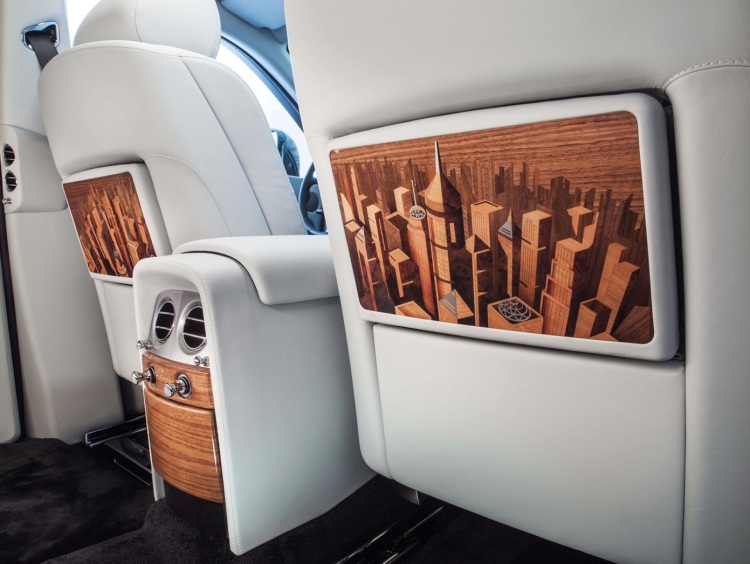 2015-Rolls-Royce-Phantom-Metropolitan-Collection-Picnic-Table-1-1680x1050