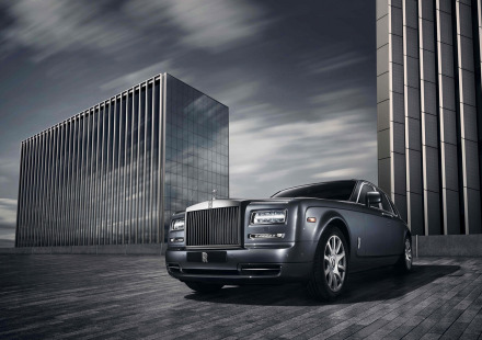2015-Rolls-Royce-Phantom-Metropolitan-Collection-Static-3-1680x1050