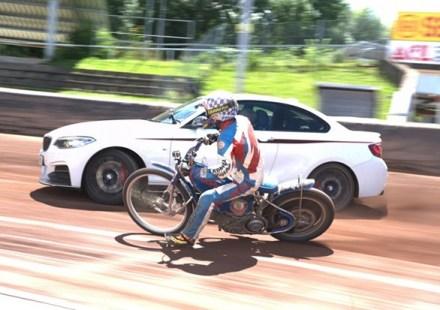 BMW-M235i-speedway-main620x433