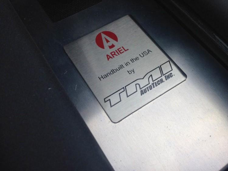 ariel-atom-3s_100486816_l