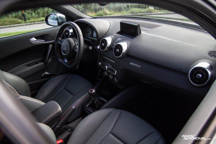 Audi S1-16