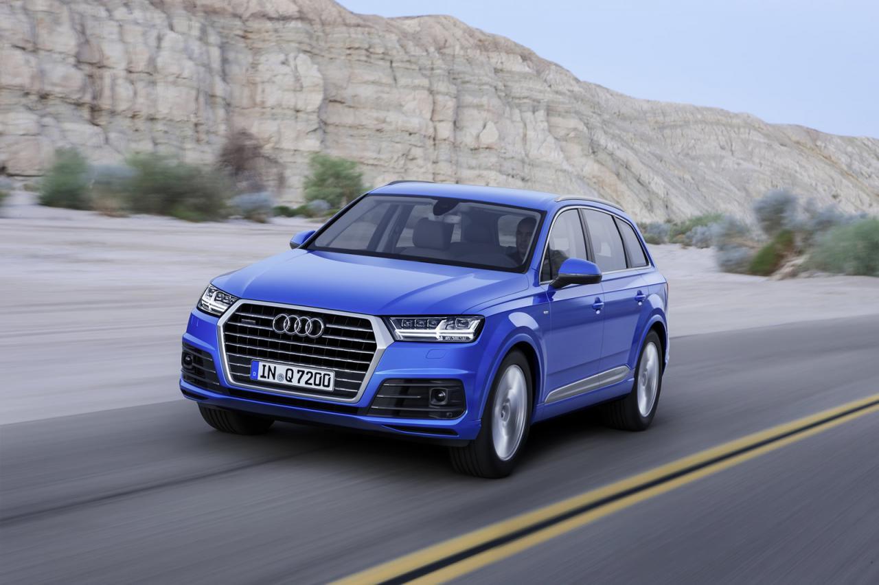 Audi q7 2015 1
