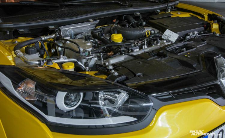 Renault Megane RS Trophy-15