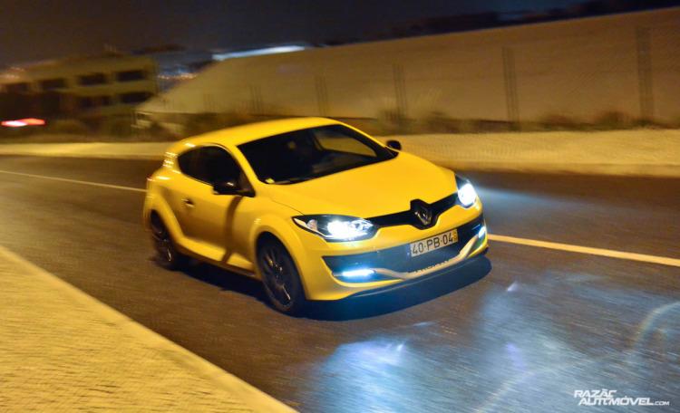 Renault Megane RS Trophy-16