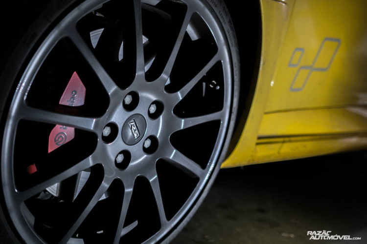 Renault Megane RS Trophy-9