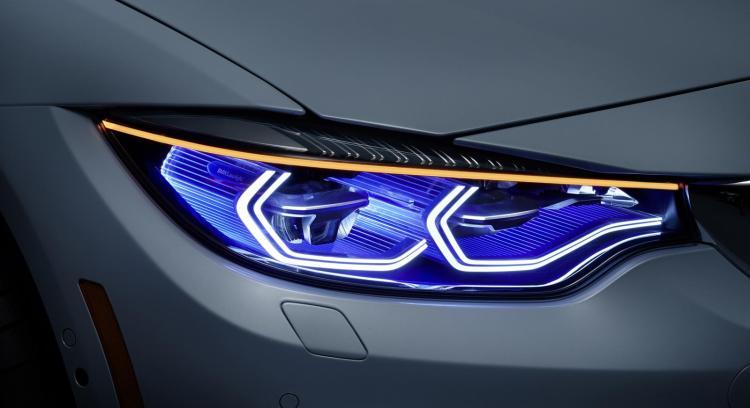 BMW LASERLIGHT M4 8