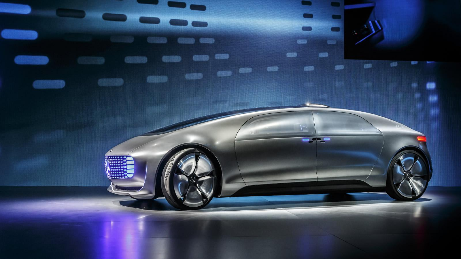 Mercedes-Benz_F015_Luxury_in_motion_2015_1