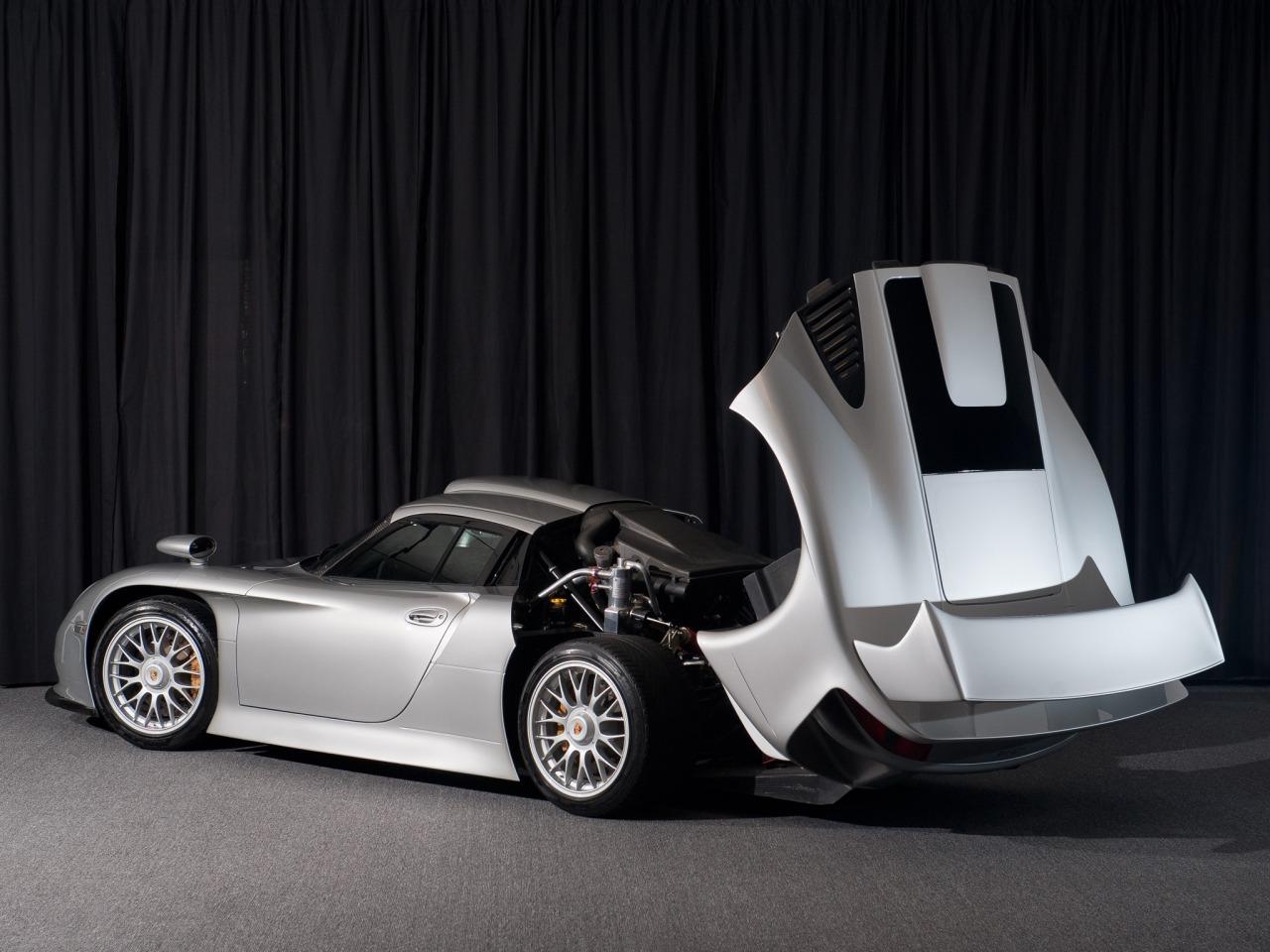 Porsche 911 GT1Straßenversion